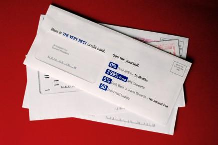 Einheitliche Infobriefe wecken eher keine Neugierde beim Empfänger. © istock.com/ideabug