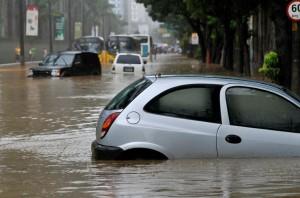 Hochwasserschäden nach Unwettern © istock.com/RicAguiar